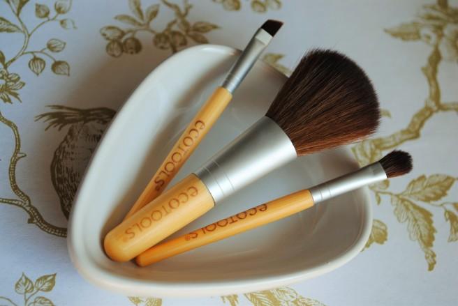ecotools mini essentials cetkice za sminkanje