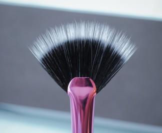 fan-brush-real-techniques