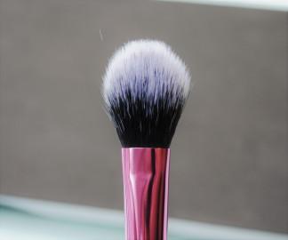setting-brush-recenzija-real-twchniques