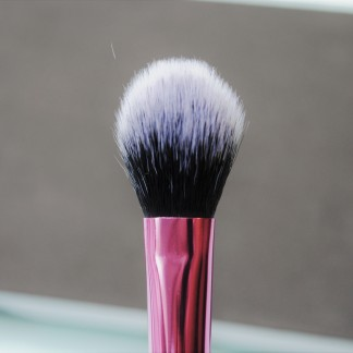 setting-brush-recenzija-real-twchniques