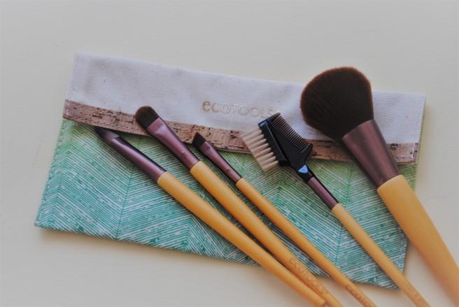 ecotools starter set četkica za šminkanje.jpg