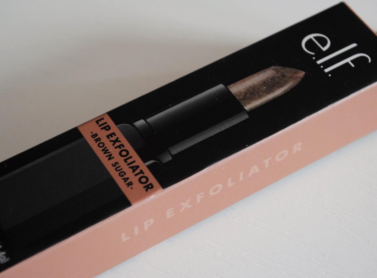 Recenzija: E.L.F. Studio Lip Exfoliator - piling za usne u stiku 💋