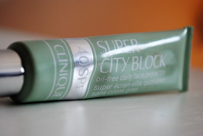 clinique super city block spf40.jpg