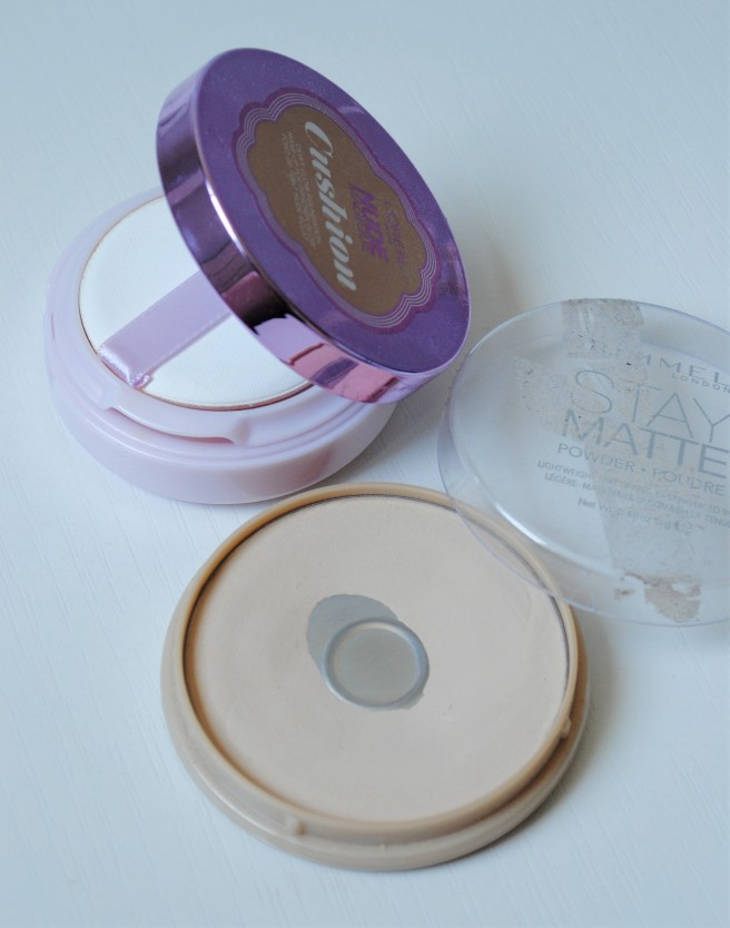 Rimmel Stay Matte Loreal Nude Magique  Cushion.jpg